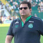 Depois de derrota para o Vitória, Chapecoense demite Guto Ferreira