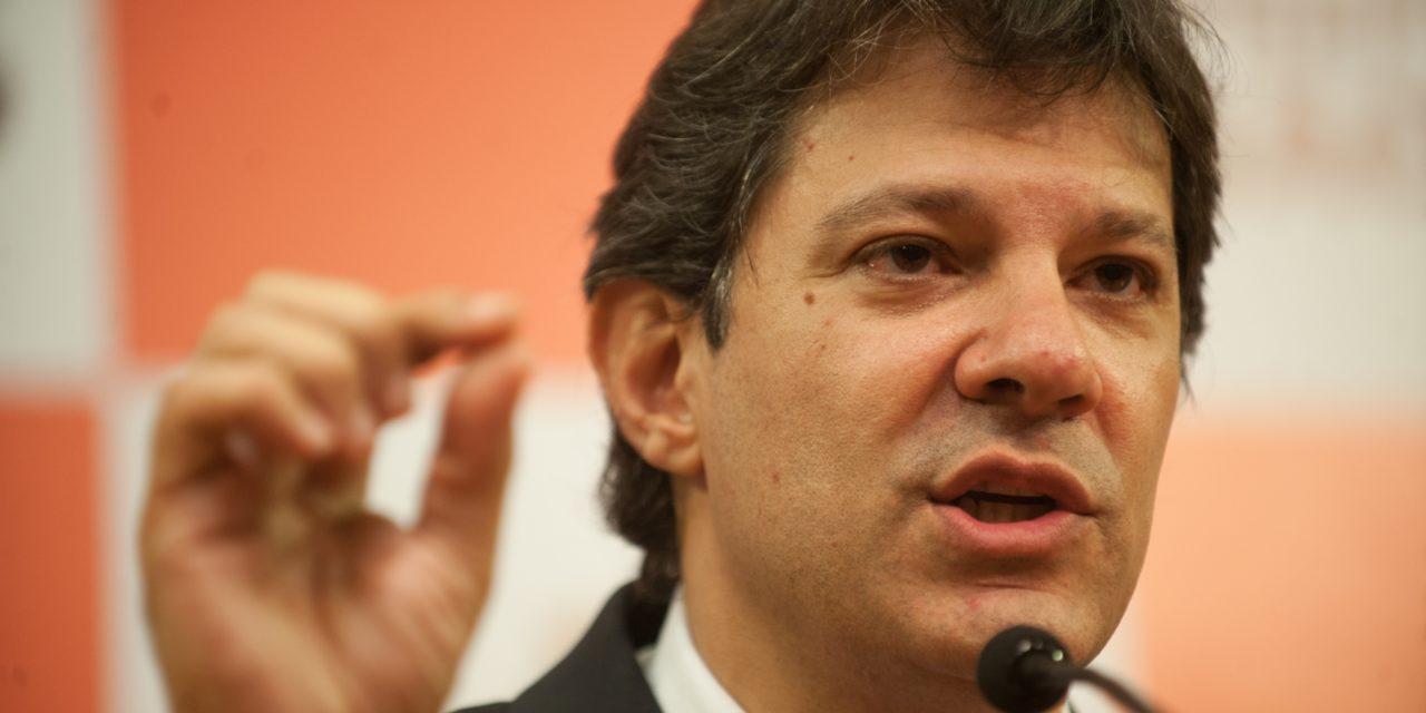 Haddad diz que vai conversar com forças democráticas do país e elogia adversários derrotados no 1º turno