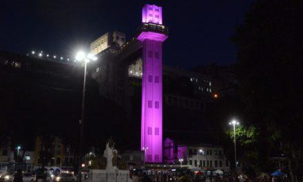 Pontos turísticos, monumentos e hospitais ficam iluminados em apoio ao Outubro Rosa