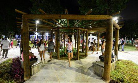 Praças de Salvador são opções de lazer para o Dia das Crianças