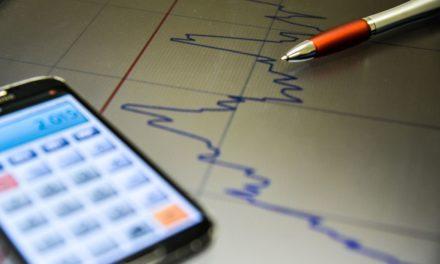 Mercado financeiro eleva estimativa de inflação para 4,40%