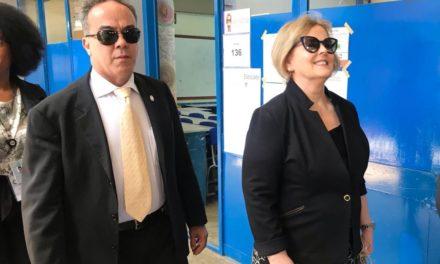 Presidente do TSE, Rosa Weber vota em Brasília