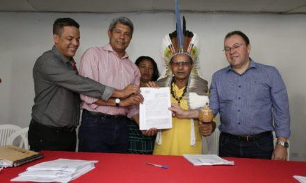 Assinados convênios de R$ 10 milhões para agricultura familiar