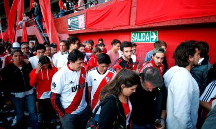 Conmebol adia segundo jogo da final para domingo após ataque ao ônibus do Boca Juniors