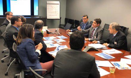 Prefeito se reúne com diretores do Banco Mundial em Washington