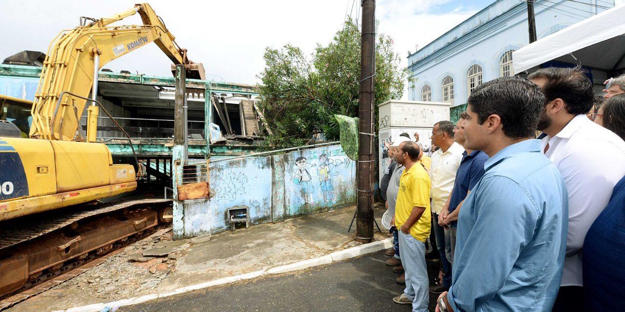 Prefeitura inicia em Plataforma reconstrução de escolas da rede municipal
