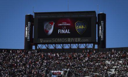 Final da Libertadores entre River Plate e Boca Juniors é adiada