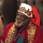 Foto de Papai Noel negro em shopping viraliza nas redes sociais