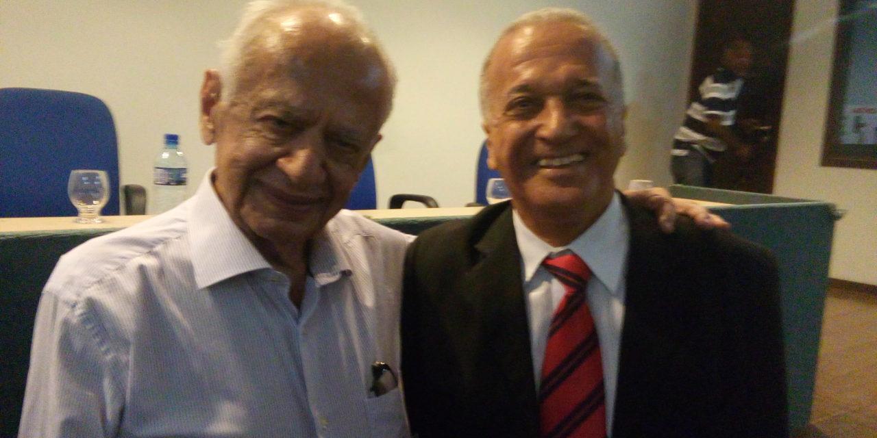 Em palestra na Fundação João Fernandes da Cunha, ex-senador Pedro Simon mostra-se esperançoso com o Brasil