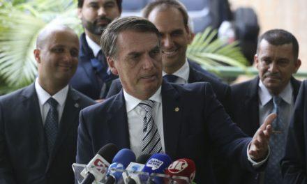 Bolsonaro recebe nesta segunda diploma do TSE que confirma resultado da eleição