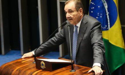 PGR denuncia senador Agripino Maia ao Supremo por funcionário fantasma