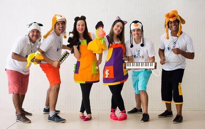 Grupo Pé de Lata faz apresentações gratuitas na Vila do Noel