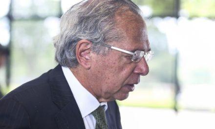 PF abre inquérito para investigar elo de Paulo Guedes com suspeitas em fundos de pensão