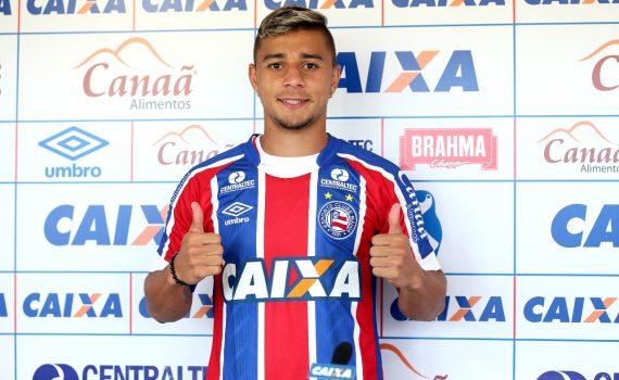 Flamengo mira a contratação do lateral João Pedro, do Bahia